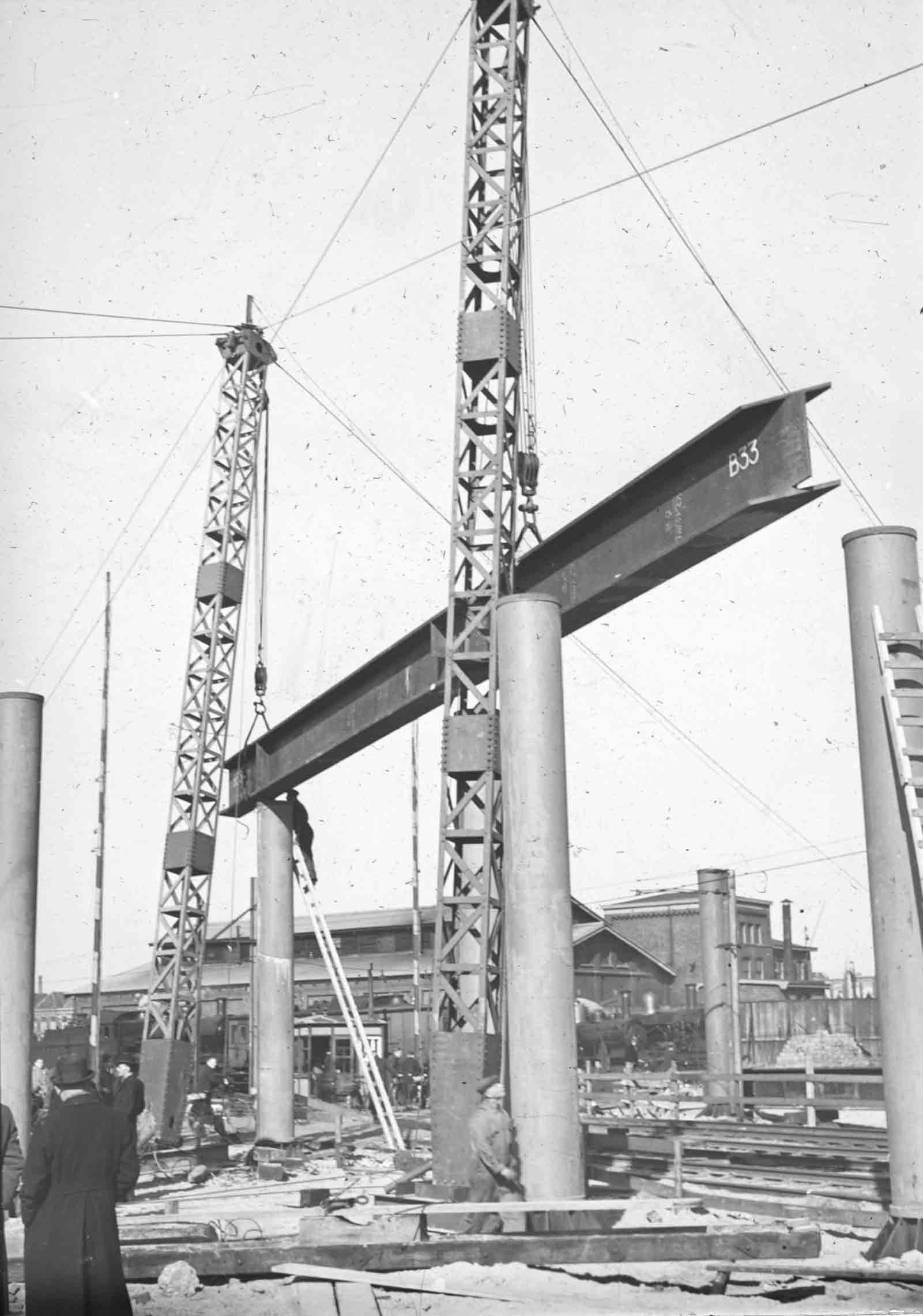 Bnr. 760: Viaduct den Haag (1940)