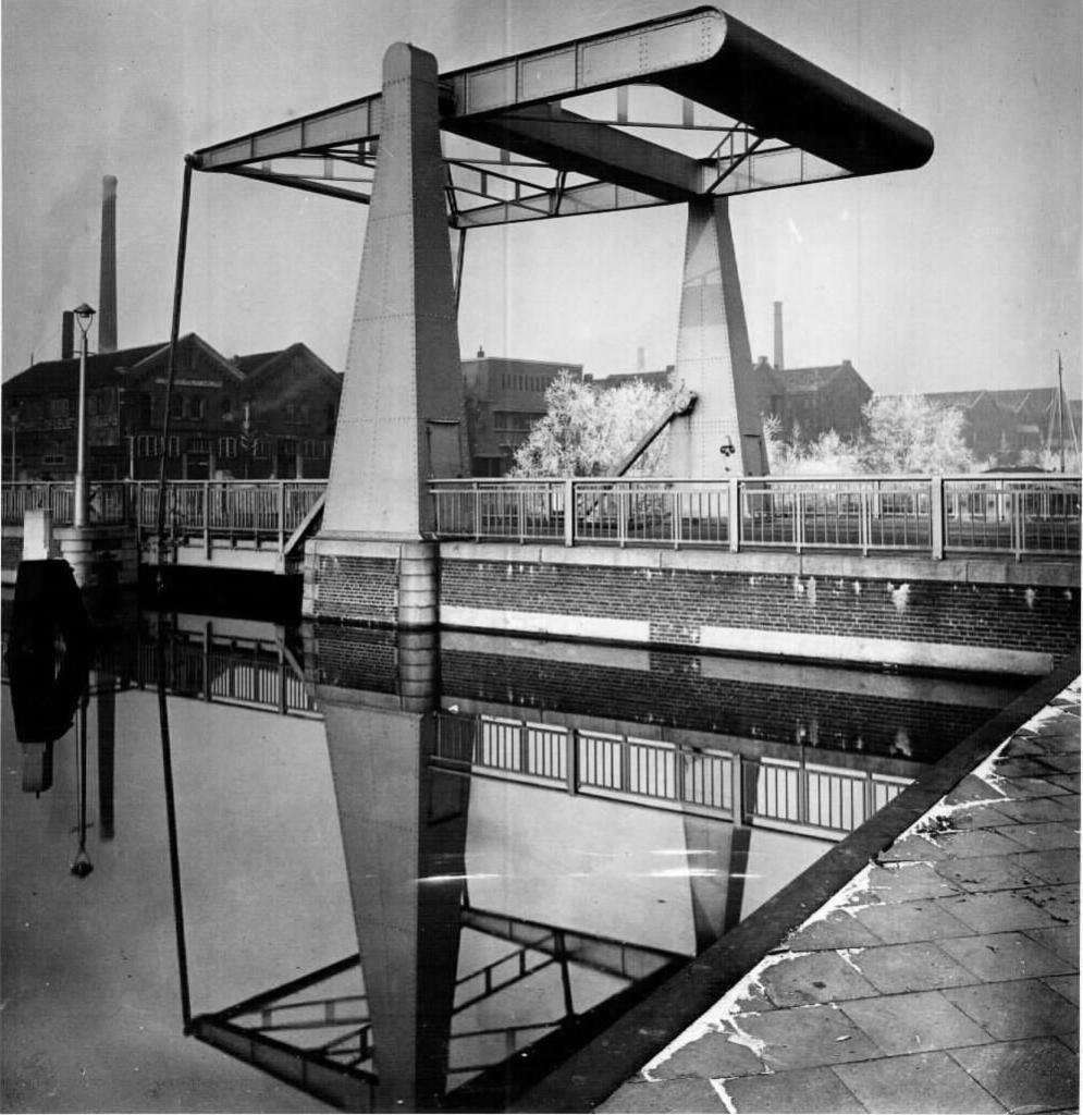 Bnr. 713: Westerhavenbrug (1937)