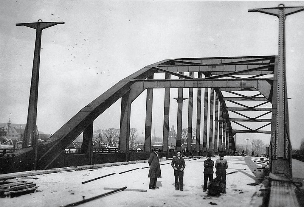 Bnr. 684: Rijnbrug Arnhem (1935)