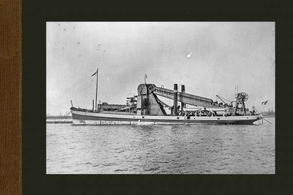 Bnr. 341 Zelfvarende baggermolen 'Venezia' 1909