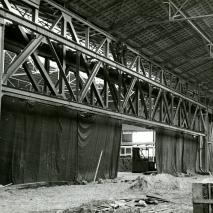 Linkerzijde Beurshal tijdens de bouw 1939 (interieur)