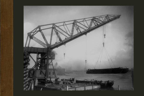 Bnr. 483 200 tons drijvende kraan voor de haven van Le Havre
