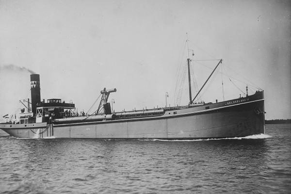 Sleepzuiger 'Gelderland III' (Bnr. 553 - 1923).