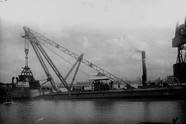 Beproevingen met 150 ton bok 'Briarree'. (Bnr. 663  - 1930 ).