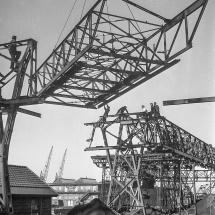 Gusto Staalbouw Merwehaven met drijvende kraan 'Gusto' (Bnr. 552)