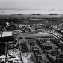 Een winterse aanblik van Werf Gusto-Slikkerveer (1955+)