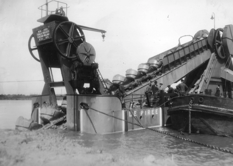 Bnr. 522: Le Piree (1924)