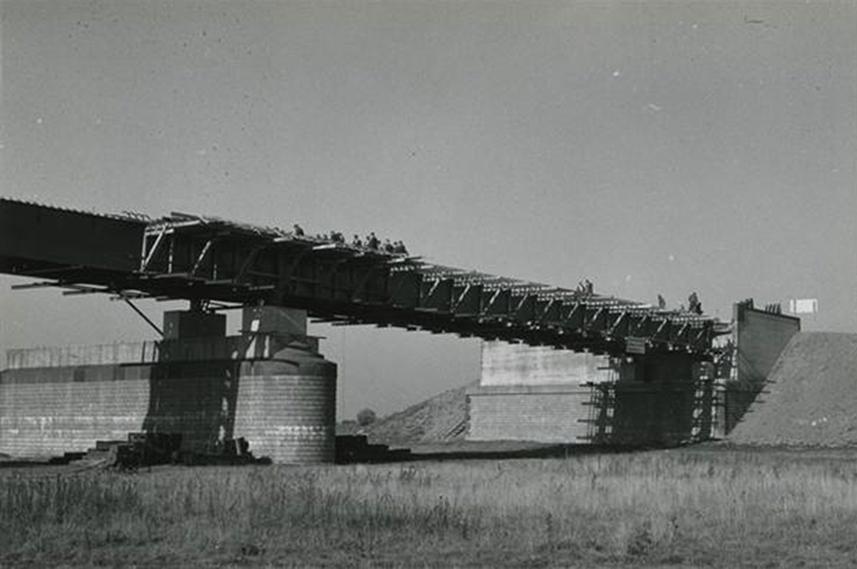 Bnr. 835: Brug bij Rheden (1944)