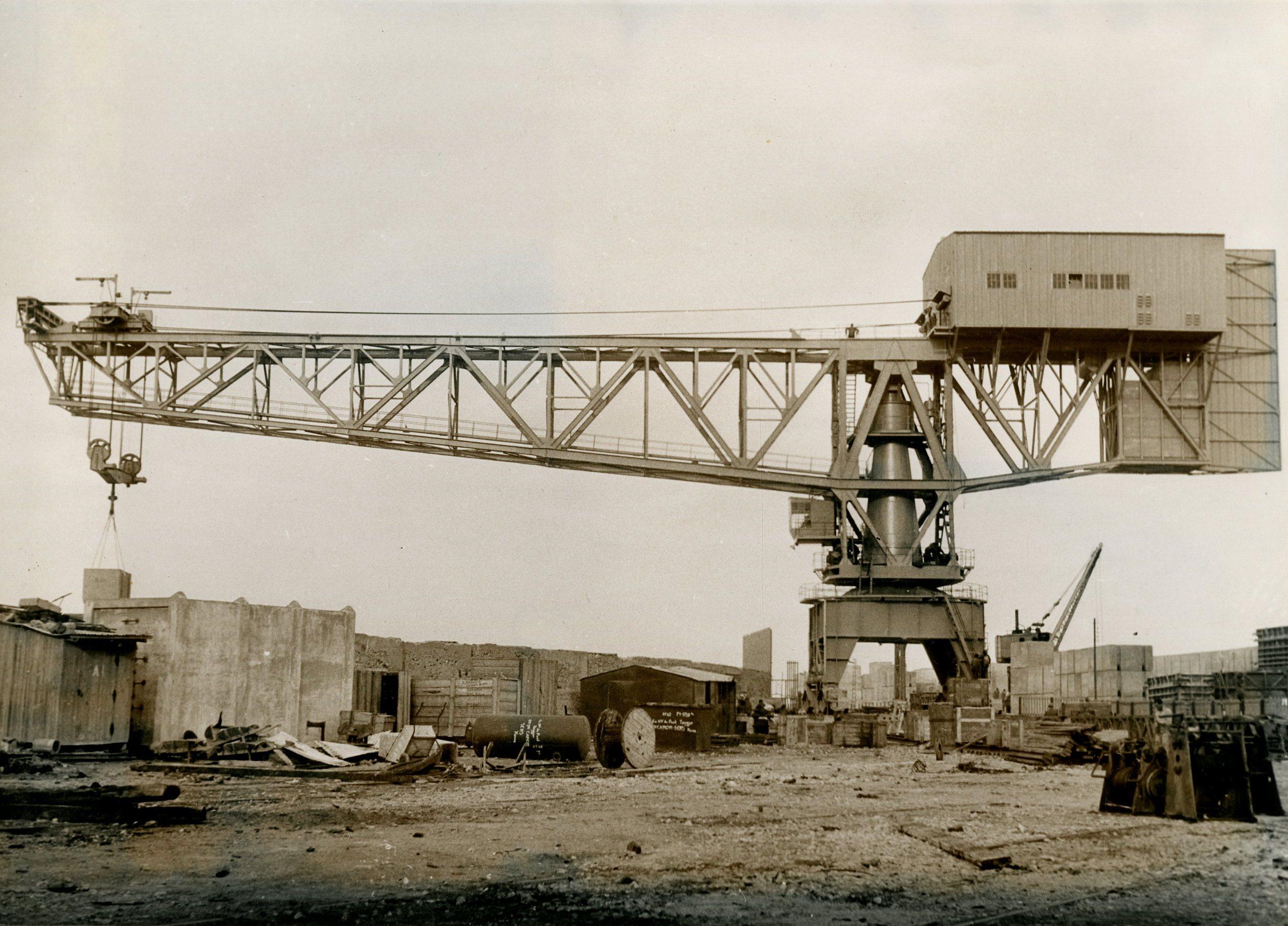 Bnr. 91/C0. 1023 100 ton Kraan