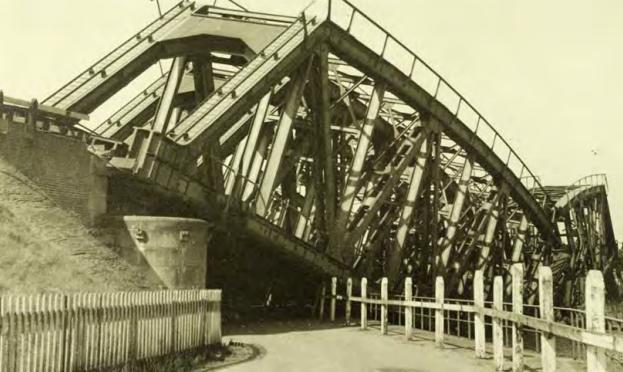 De spoorbruggen bij Kelpen