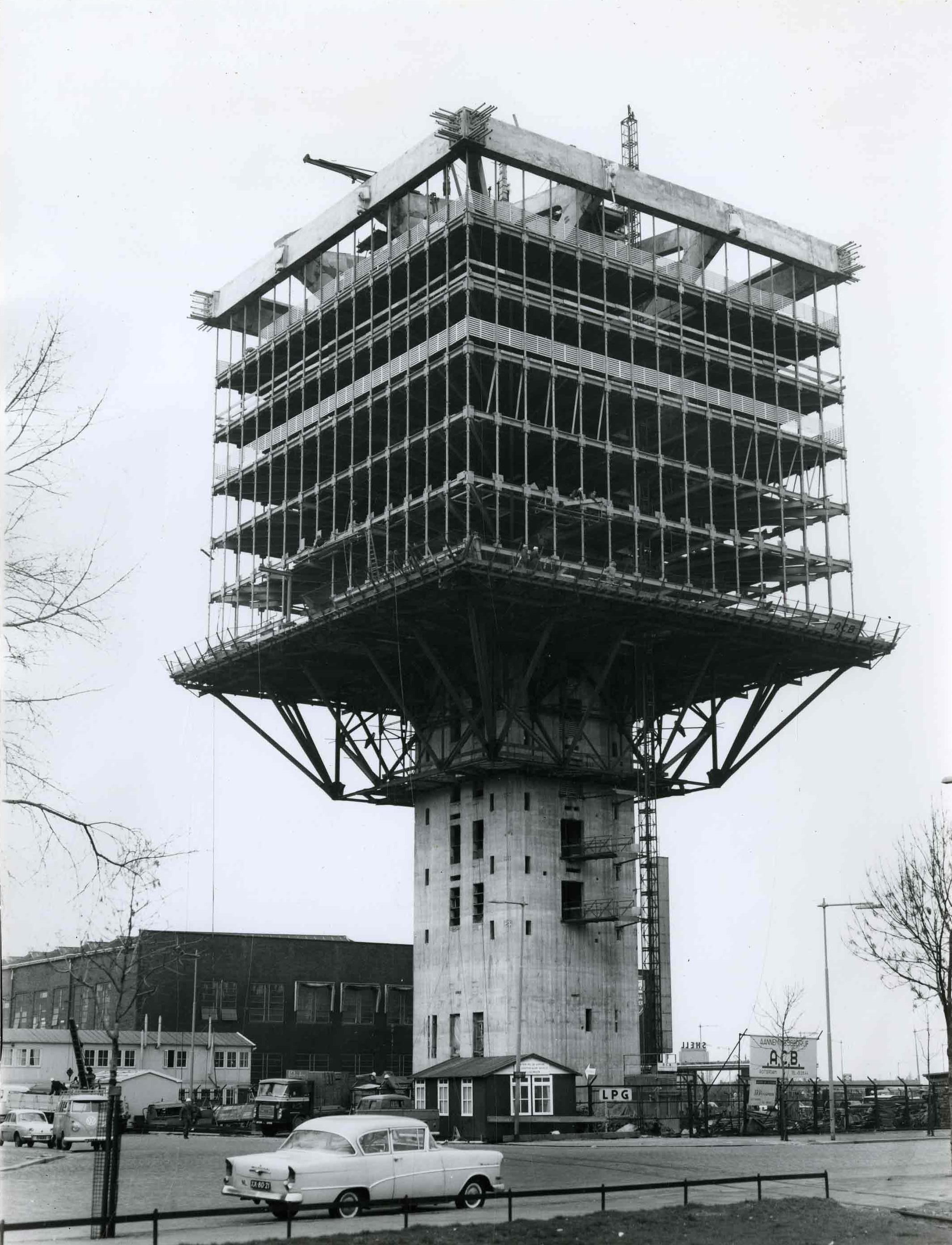Bnr. 299: Gebouw Overbeek (1965)