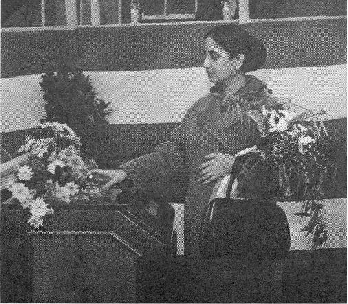 Sinha Rani, echtgenote van de Indiase ambassadeur