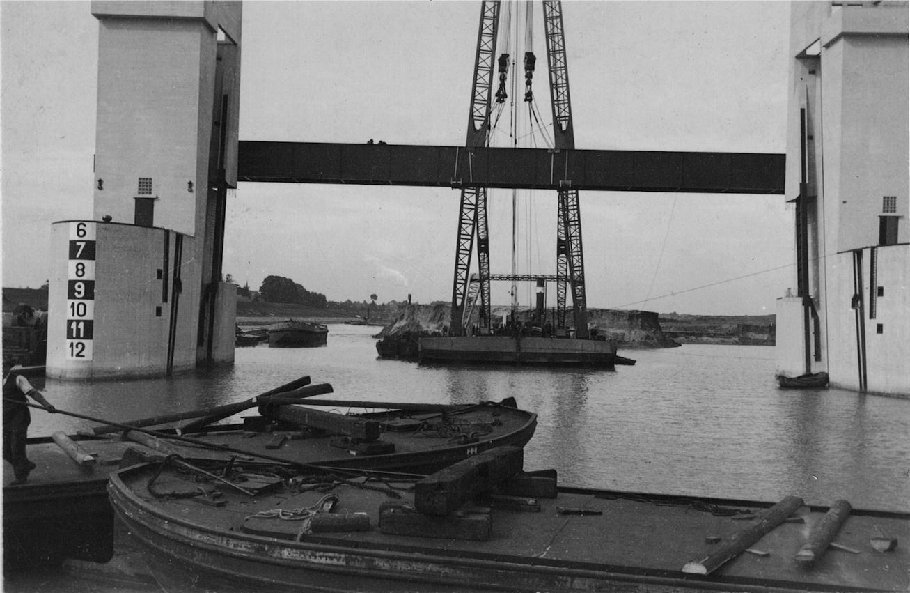 Bnr. 699: Stuw bij Lith (1935)
