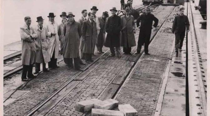 Fotoboek hermontage Dordtse laadbruggen 1948