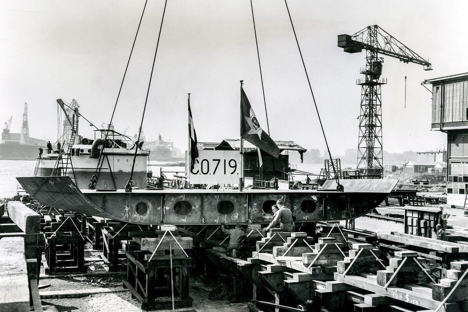 Kiellegging CO. 719 'Free Enterprise IV' op 23 juli 1968